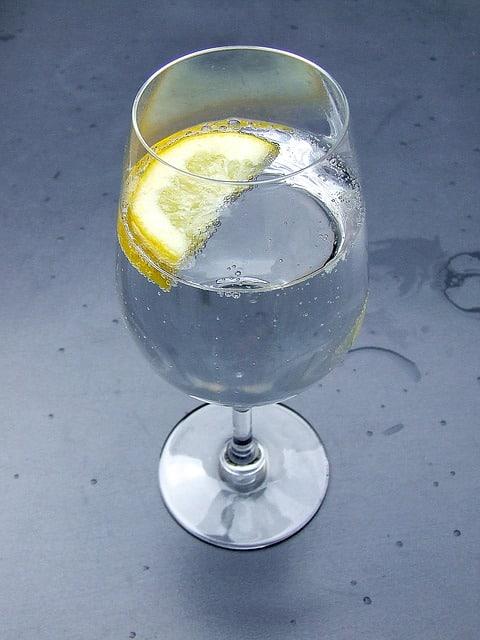 Mit Wasser dem Augeninfarkt vorbeugen