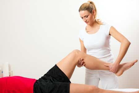 Arztbesuch aufgrund von Muskelschmerzen