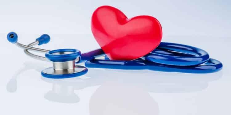 Bild Stethoskop und Herz
