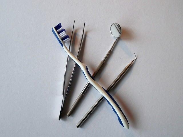 Bild Zahnpflege und Kontrolle