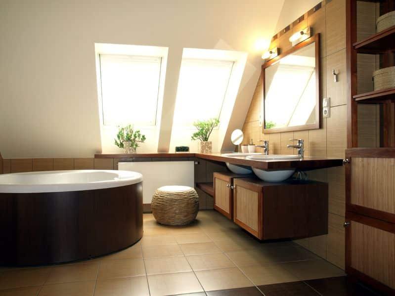 Bild möbilisiertes Badezimmer