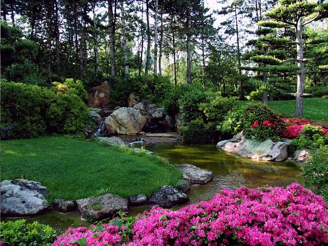 Mit einem Bachlauf den Garten in eine Wohlfühloase verwandeln ...